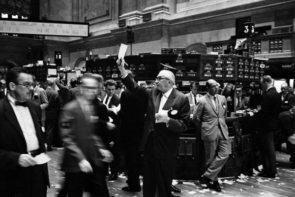 ny stock exchange traders floor